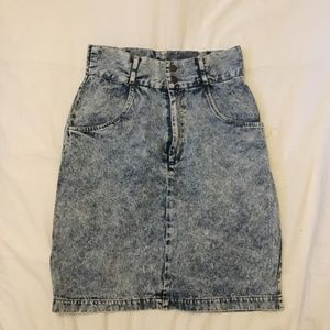 VINTAGE Acid Wash high waisted skirt